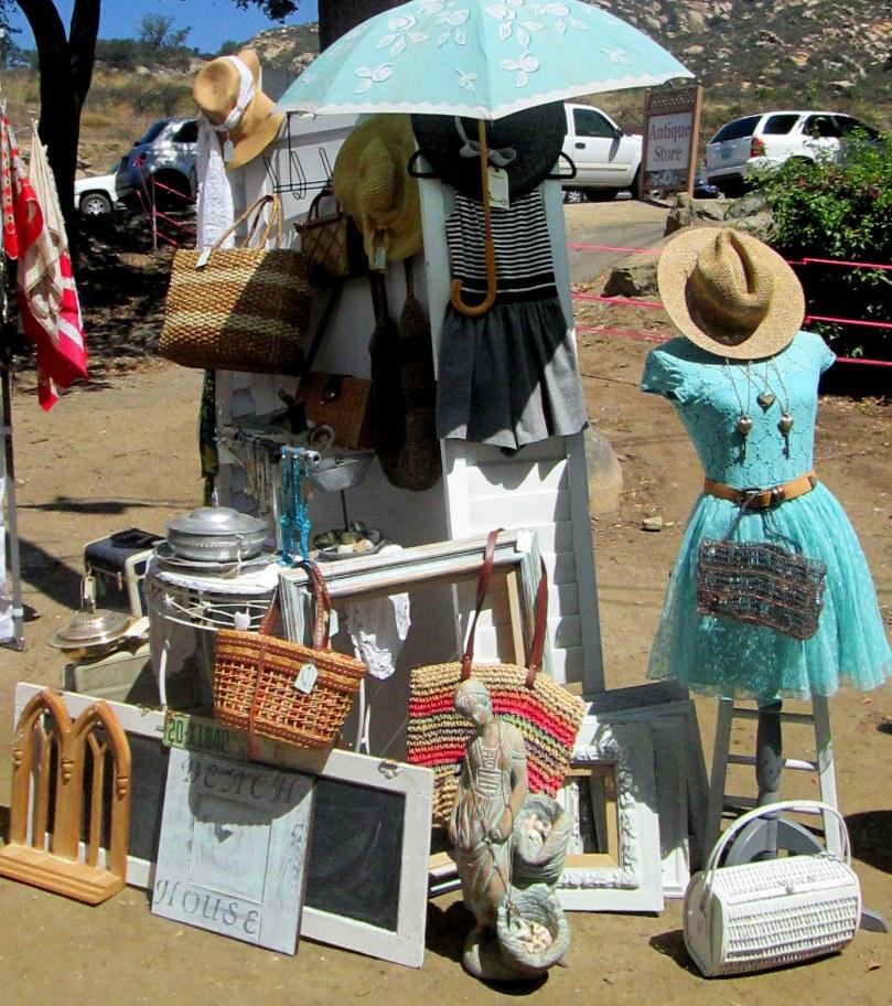vintage market 043